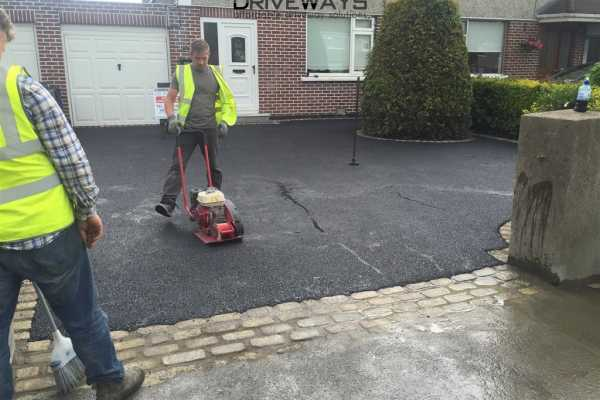 Tarmac Installation With Granite Set Borders and Apron in Dublin