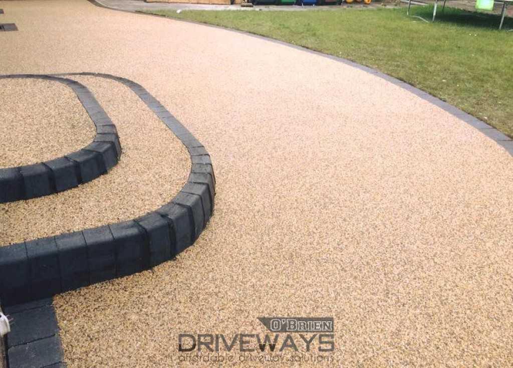 Resin Driveway Contractors for Dublin