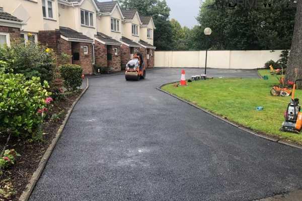 New Tarmac Driveway Laid by O'Brien Driveways